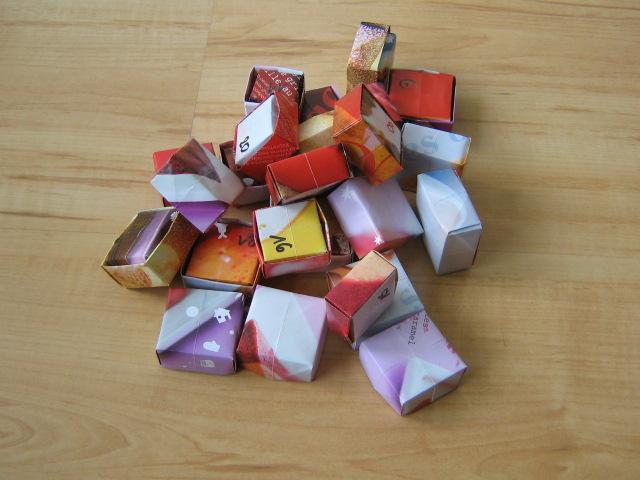 calendrier de l avent en origami et r cup aa 39 s blog. Black Bedroom Furniture Sets. Home Design Ideas