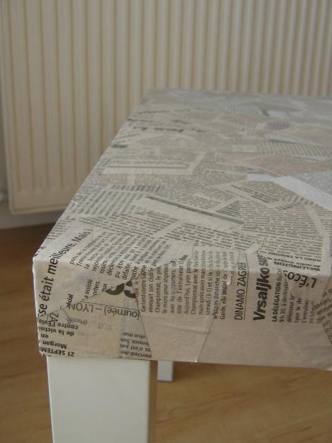 hacker une table avec du papier journal aa 39 s blog. Black Bedroom Furniture Sets. Home Design Ideas